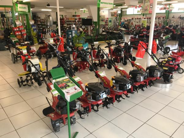 Brioude Motoculture - magasin intérieur