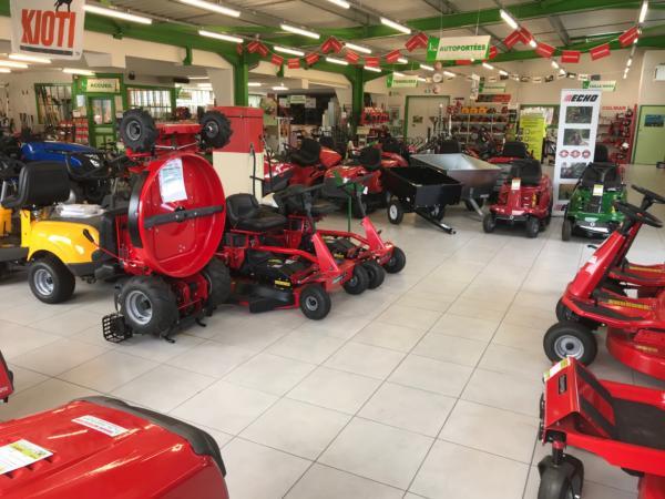 Brioude Motoculture - magasin intérieur 4