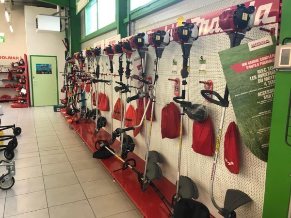 Brioude Motoculture - magasin intérieur 5
